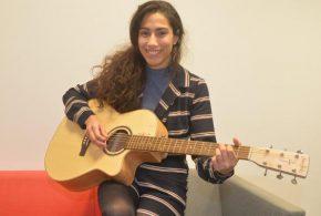Neufmaison: repérée par un label londonien, Ciinderella B, 24 ans, prépare son 1er album avec l'équipe d'Adele