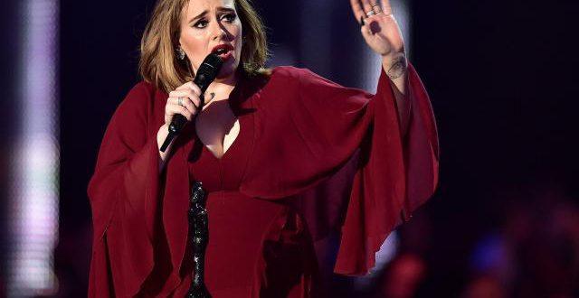Adele est «désespérée»: elle annule deux concerts à Londres en raison d'un problème aux cordes vocales!