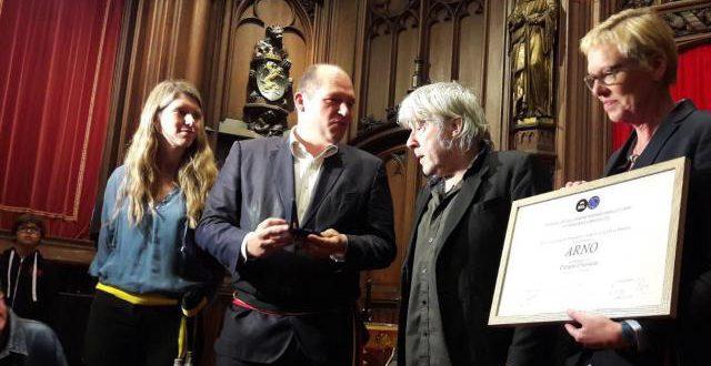 Arno fait citoyen d'honneur de la Ville de Bruxelles