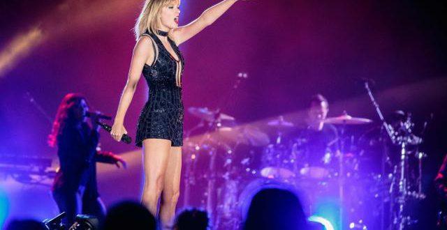 """Taylor Swift détrône """"Despacito"""" en tête du hit-parade américain"""