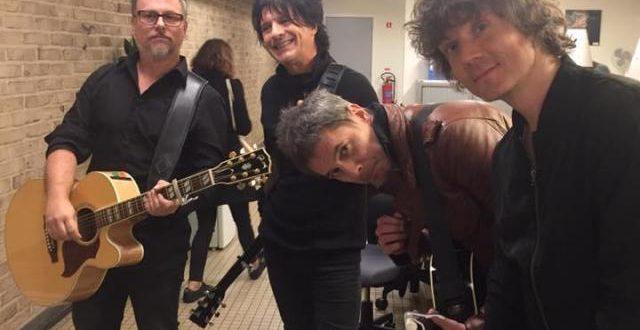 Indochine a donné un mini-concert dans les couloirs de la gare de Bruxelles-Midi (Photos et vidéos)