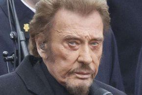 L'état de santé de Johnny Hallyday se serait dégradé, le rockeur ne quitterait plus son domicile: Laeticia serait «plus inquiète que jamais»
