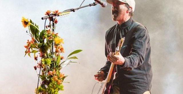 Les rockeurs de Brand New arrêtent leur tournée après un scandale sexuel