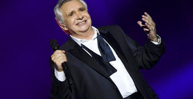 Michel Sardou «oublie» de rendre hommage à France Gall, en concert à Paris, le jour de sa mort
