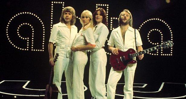 POURQUOI ABBA EST INDÉMODABLE ?